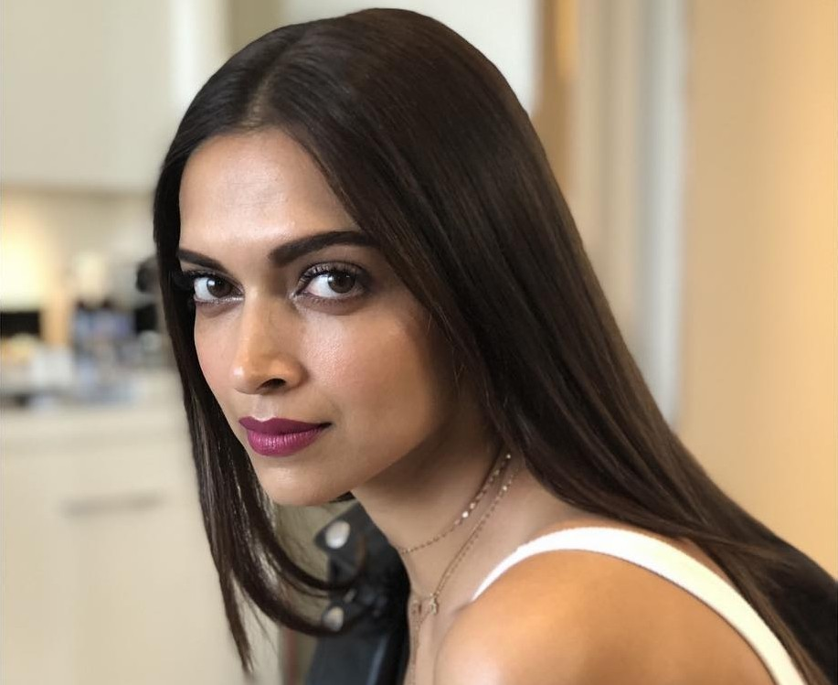 Deepika Padukone's Glowing Skin, Diet And Fitness Secrets ...