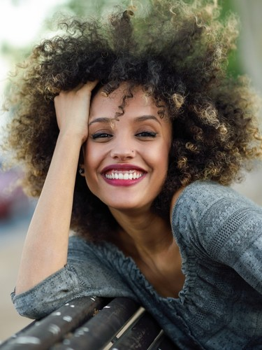 9 useful tips to resolve curly hair problems quickly