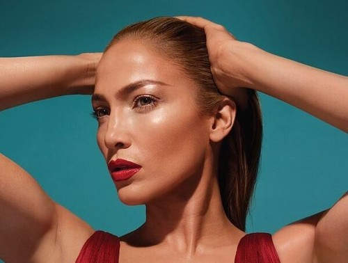 Jennifer Lopez Is Launching A 70-Piece Makeup Collection With Inglot!