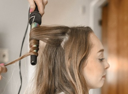 How To Choose The Best Hair Straightener