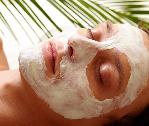 Here Are The Reasons Why Face Peels Are The Secret To A Glowing Skin!