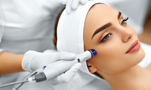 Microdermabrasion Facial – Types, Pros, Cons And Side Effects