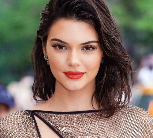 10_Kendall_Jenner_Plastic_Surgery