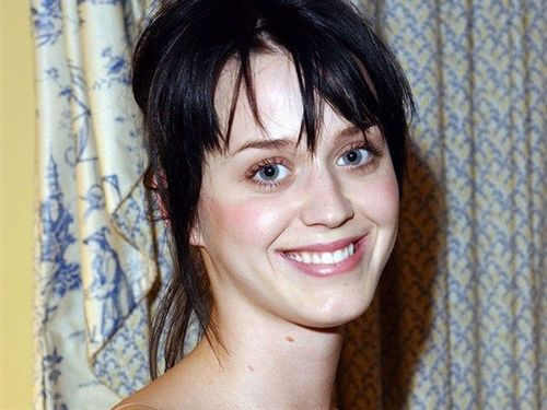 4 Katy Perry no makeup
