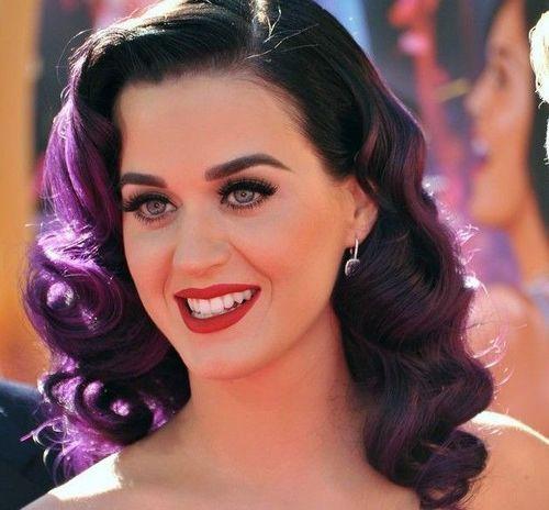 5 Katy Perry Best looks