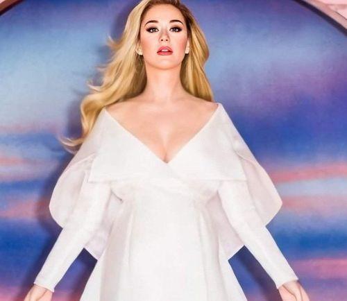 8 Katy Perry Best looks