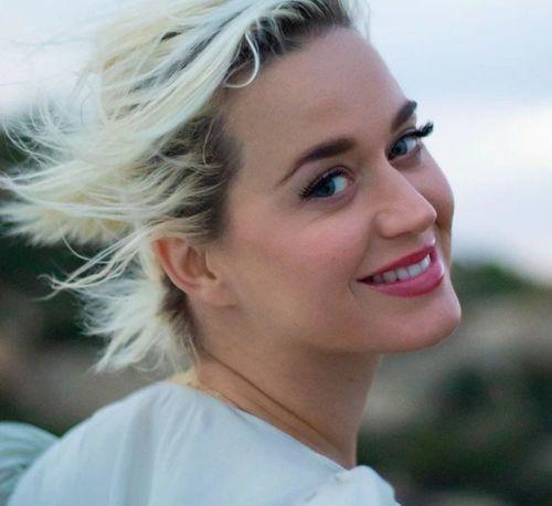 9 Katy Perry Best Looks