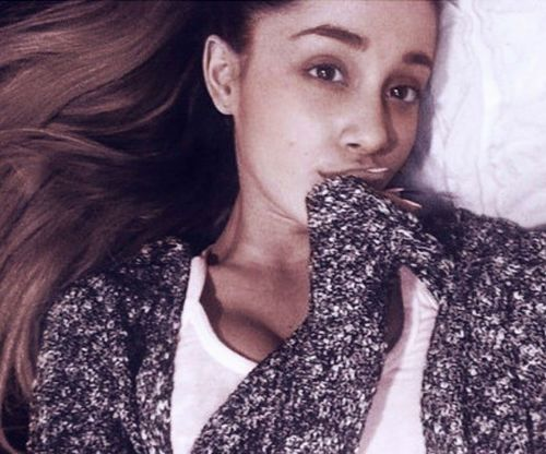 12_Ariana_Grande_No_Makeup