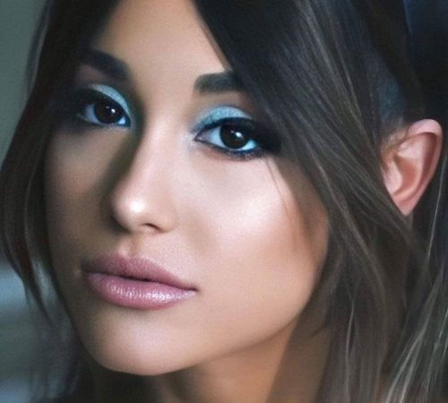 15_Ariana_Grande_Makeup_Look