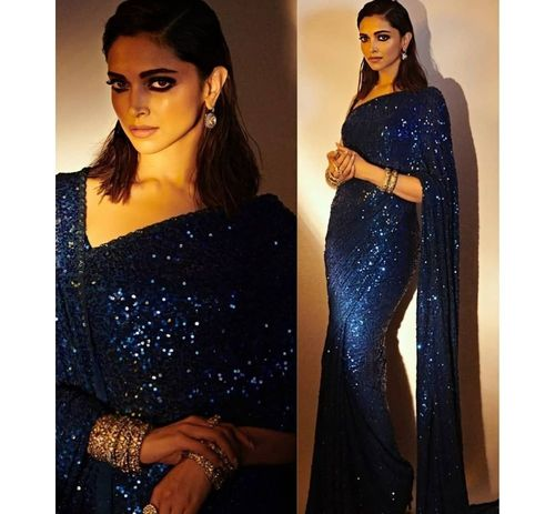 5_Deepika_Padukone_In_Saree