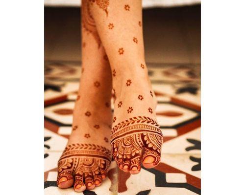 6_Best_Floral_Mehndi_Designs