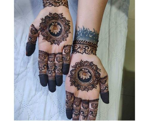 10_Best_Floral_Mehndi_Designs