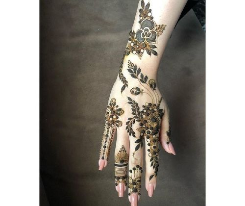 11_Best_Floral_Mehndi_Designs