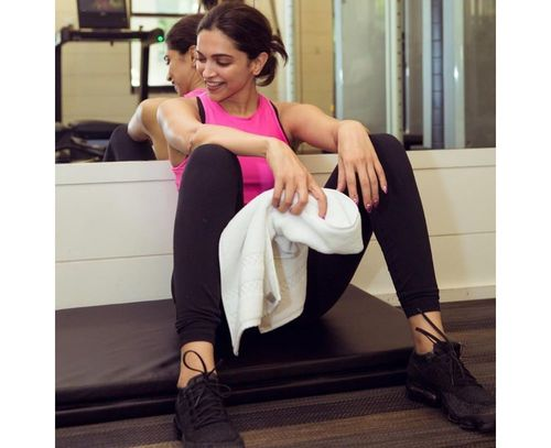 11_Deepika_Padukone_Beauty_Tips