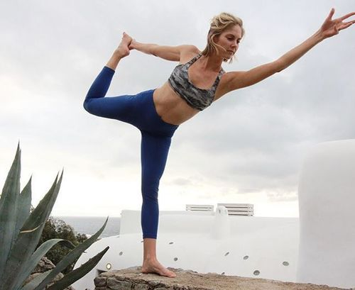 44_Best_Yoga_Asanas_For_Beginners