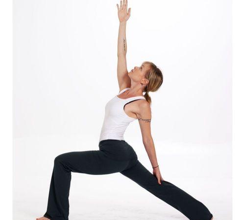 4_Best_Yoga_Asanas_For_Beginners