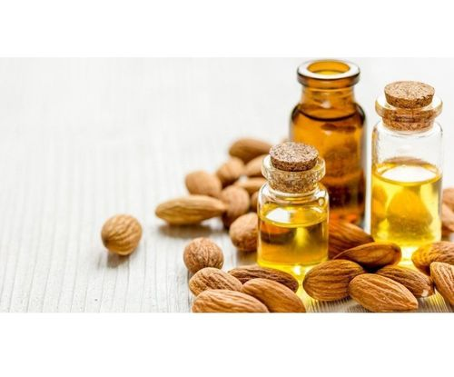 8_Almond_Oil_For_Hair_And_Skin