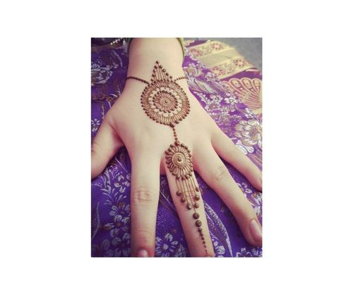 7_Simple_Mehndi_Design