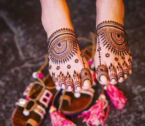 24_Simple_Mehndi_Design