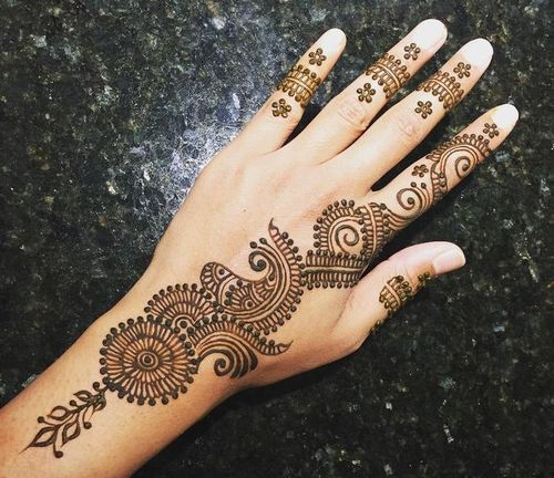 25_Simple_Mehndi_Design