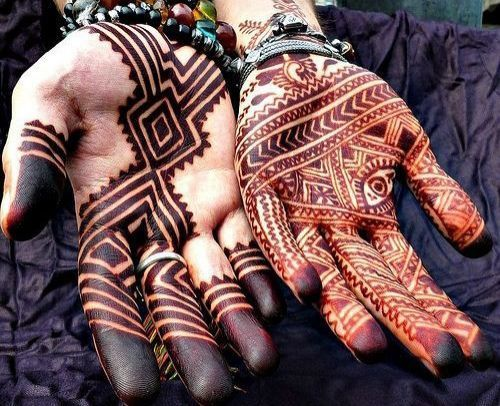 7_Mehndi_Designs_For_Hands