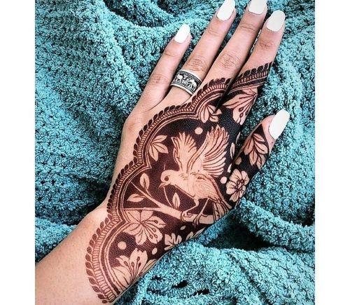 11_Mehndi_Designs_For_Hands