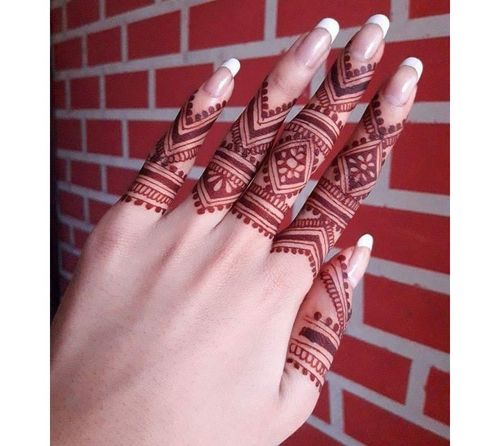 12_Mehndi_Designs_For_Hands