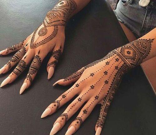14_Mehndi_Designs_For_Hands