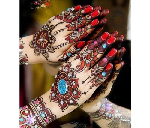 20_Mehndi_Designs_For_Hands
