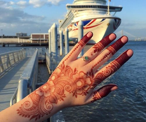 22_Mehndi_Designs_For_Hands