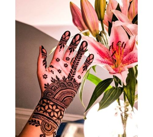 28_Mehndi_Designs_For_Hands