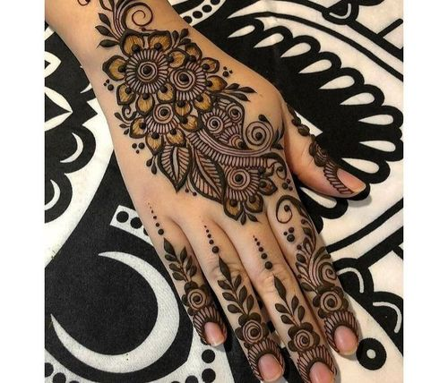30_Mehndi_Designs_For_Hands