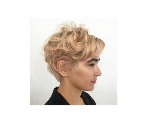 48_Short_Curly_Hairstyles