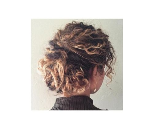 54_Short_Curly_Hairstyles