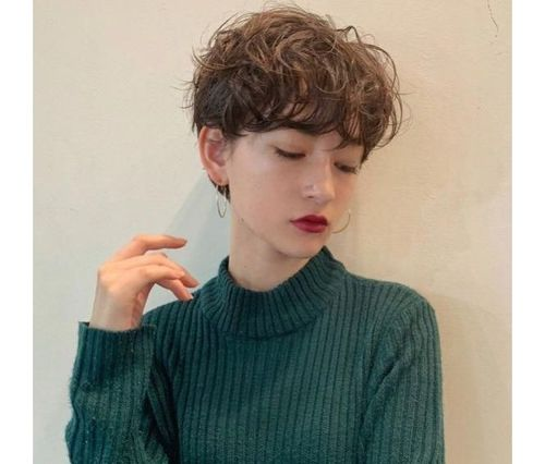 49_Perm_Hairstyles