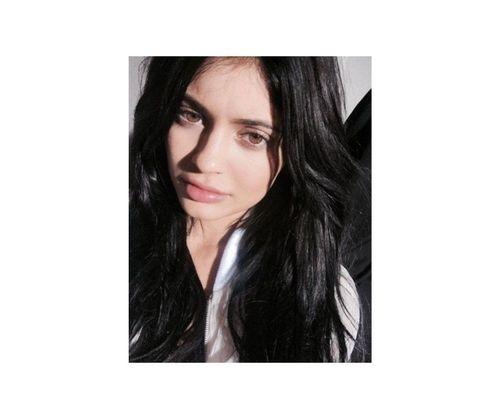 23_Kylie_Jenner_No_Makeup