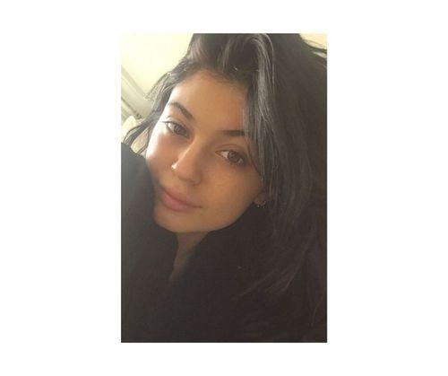 14_Kylie_Jenner_No_Makeup