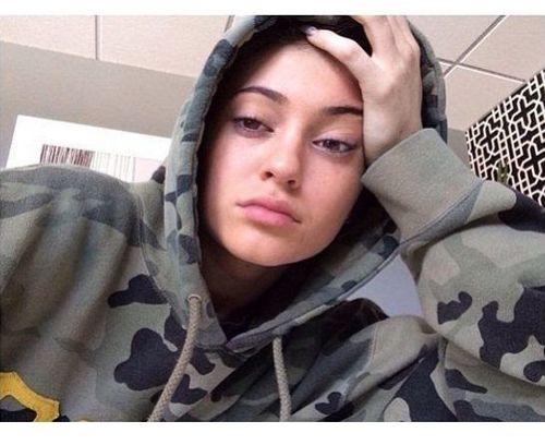 13_Kylie_Jenner_No_Makeup