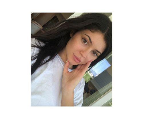 12_Kylie_Jenner_No_Makeup
