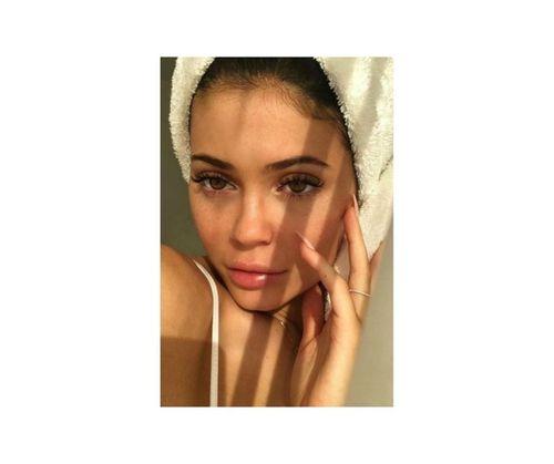 11_Kylie_Jenner_No_Makeup