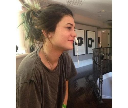 3_Kylie_Jenner_No_Makeup
