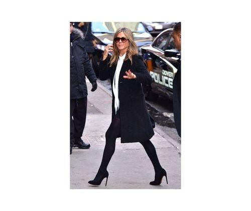 1_Jennifer_Aniston_Outfits