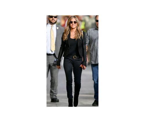 24_Jennifer_Aniston_Outfits