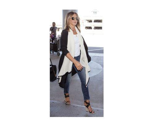19_Jennifer_Aniston_Outfits