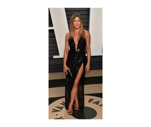 17_Jennifer_Aniston_Outfits
