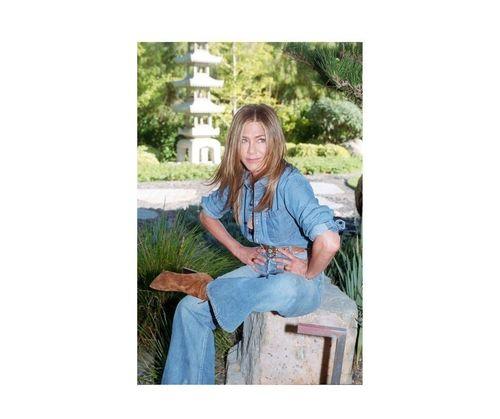 4_Jennifer_Aniston_Outfits