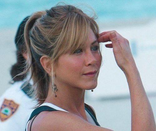 2_Jennifer_Aniston_Haircut
