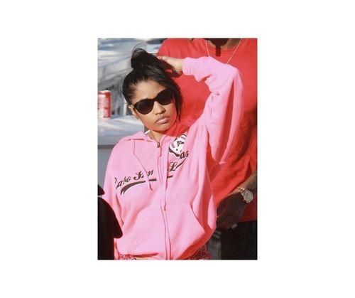 17_Nicki_Minaj_No_Makeup