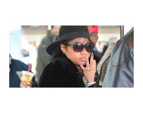 20_Nicki_Minaj_No_Makeup