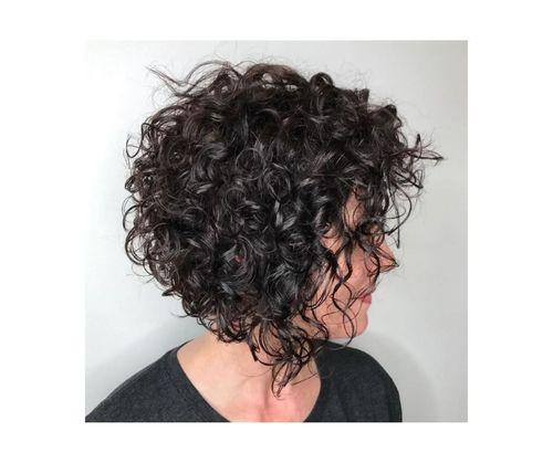9_Bob_Cut_For_Curly_Hair